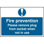 Fire prevention Please remove plus from socket when not in use - PVC (300 x 200mm)