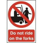 Do not ride on the forks - PVC (200 x 300mm)
